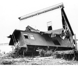 Train caboose in bakery, 1946.  Pacific Tsunami Museum: Lee Hatada Collection.