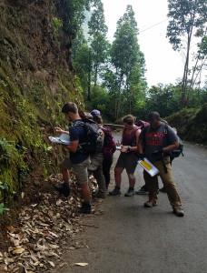 Roadside geologists_small